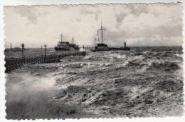Oostende, Ostende, Binnenvaren Van De Mailboot Bij Storm (pk28694) - Oostende