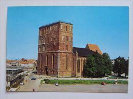 Kolobrzeg Catedral  /  Poland /  Car Auto - Polen