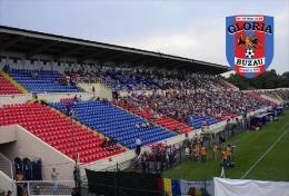 Stadium Stadionul Municipal (Buzău) (FC Gloria Buzău, Romania) Postcard - Size: 15x10 Cm. Apr - Soccer
