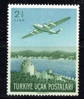 1950  Timbre De Poste Aérienne  Avion Au Dessus Du Bosphore  **  Scott C18  MNH - 1921-... République