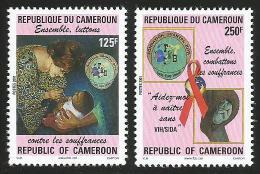 Cameroun Cameroon 2001 AIDS HIV SIDA Chantal Biya Foundation Yv. 903/4 Mi 1243/4 Mint Neuf Set - Kameroen (1960-...)