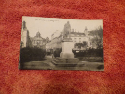 Le Square Hoche - Versailles