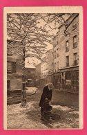 75 PARIS MONTMARTRE Sous La Neige, Bohème Montmartrois, Animée, 1932, (Yvon, Paris) - Unclassified