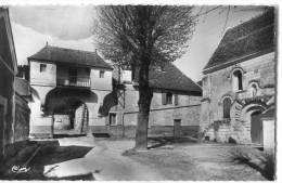 86 - Leugny : Porche D' Entrée ... - France