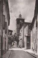 3966- Le Clocher Et Rue De L'église  1953 - Nans-les-Pins