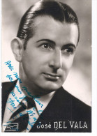Photo Pub De JOSE DEL VALA à MILLAU 12 En 1946 Avec Dédicace Artiste Chanteur TENOR En OPERA à NINON LE BERTRE - Signiert