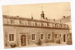 32617  -  Argenteau  Chateau  Cour Int - Belgique
