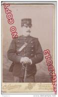 Au Plus Rapide CDV XIX ème Siècle Photographe Landouzy Calais Musicien Régiment Infanterie Uniforme 1883 * - Guerre, Militaire