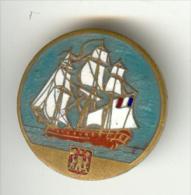 Dragueur Côtier La Bayonnaise - Insigne Arthus Bertrand - Marine Navy - !! Avec Attache Mais épingle Manquante - Marine