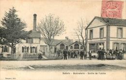 SALBRIS BONNETERIE SORTIE DE L'USINE - Salbris