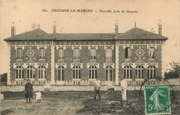 OUZOUER LE MARCHE NOUVELLE ECOLE DE GARCONS - France