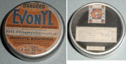 Rare Ancienne Petite Boite En Alu Aluminium EVONYL Dragées, SNR Produits Bonthoux - Dosen