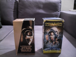 2 SERIES DE CASSETTES VIDEO STARS WARS ET INVASION PLANETE TERRE - Video Tapes (VHS)