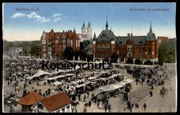 ALTE POSTKARTE BEUTHEN O.-S. MOLTKEPLATZ MIT LANDRATSAMT Bytom Markt Marché Market Cpa Postcard AK Ansichtskarte - Schlesien