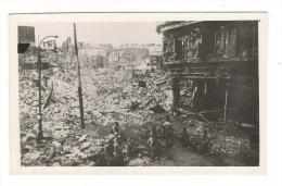 BOMBARDEMENTS DE NANTES  ( Septembre 1943 ) / BAS DE LA RUE DU CALVAIRE  ( Place Du Bon Pasteur ) /  Cliché N° 3 - Nantes