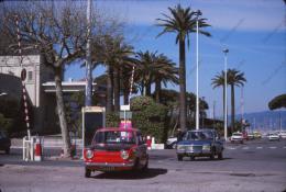 P70 - Automobile SIMCA 1000 Peugeot 504 - 1977 Diapositive Photo Cannes ? - Automobiles