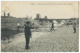 75013 - PARIS - Débarquement Des Bois De La Maison Hector Lièvre - CPA - Arrondissement: 13