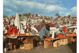 - MADAGASCAR - CPSM écrite TANANARIVE - Le Marché Du ZOMA (belle Animation) - Editions PHOTOFLEX N° 69 - - Madagascar