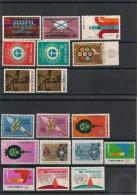 NATIONS UNIES NEW YORK Années Complètes 1972/73 N° Y/T: 219/236** - New York -  VN Hauptquartier