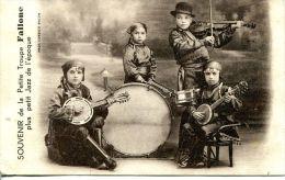 N°46219 -cpa Souvenir De La Petite Troupe Fallone - Musica E Musicisti