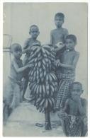 TIMOR PORTUGUÊS Um Grand Cacho De Bananas BANANA PICKING C.1908 Missionary Postcard - Cartes Postales