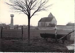 77 - ESMANS : L'Eglise Et Le Chateau D'Eau - CPSM Dentelée Noir Blanc GF 1963 - Seine Et Marne - Sonstige Gemeinden
