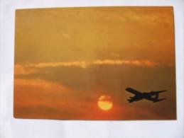 NATURE. AVION. Soleil. NUAGES.  NATURE. AIRCRAFT. THE SUN. CLOUD.  5025 - Avions