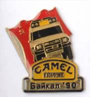 Pin's Rallye CAMEL TROPHY - BAÏKAL 1990 - Le 4x4 Et Drapeau De L'URSS (Russie) -  F029 - Rallye