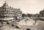 34.MONTPELLIER........CPSM....ANIMEE..1956....PLACE DE LA COMEDIE........L OT F2300 - Montpellier