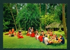 TAHITI  -  Welcoming Tourists  Unused Postcard As Scan - Tahiti