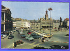 Carte Postale 02. Saint-Quentin Voitures Anciennes Place De L'hotel De Ville Trés Beau Plan - Saint Quentin