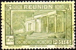 Réunion Obl. N° 143 Vue -> Musée Léon Dierx à Saint Denis Le 1fr75 Olive - Réunion (1852-1975)