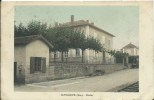 SAVIGNEUX - école (petit Pli Dans Un Angle) - France