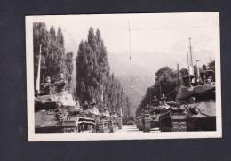 Carte Photo Militaria Défilé Armée Française Occupation 5è RD ? 14 Juillet 1953 Innsbruck Char M24 Chaffee  Tank - Sonstige