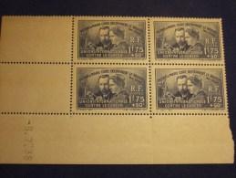 Coin Daté 8.7.38 Pierre Et Marie Curie 4X   Neuf ** (sans Charnière) Bord De Feuille. - Blocs & Feuillets
