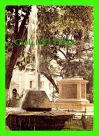 CARTAGENA, COLOMBIE - COLOMBIA - PARQUE DE BOLIVAR, MONUMENTO AL LIBERTADOR BOLIVAR PARK - - Colombie