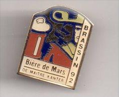 REF A2 : Pin's Pin Maitre Kanter Kanterbrau Bière De MArs Brassin 92 - Pin's