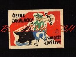 15-095 CZECHOSLOVAKIA  Slovak Factory Match Cat #154b Propaganda Unauthorized Killers Pig - Sabotage Nutrition - Boites D'allumettes - Etiquettes