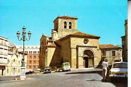 SORIA.IGLESIA DE S. JUAN RABANERA.ANIMADA.COCHES DE LA EPOCA.MOTO CON SIDECAR .NO CIRCULADA  1968 - Soria