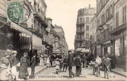 94 VINCENNES  La Rue De Montreuil (très Animée) - Vincennes