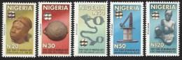 Nigeria 2010 Original Printing 2000 Years Art Terracotta Head Bronze Bowl Slave Chain Hologram MNH Mint Set - Nigeria (1961-...)