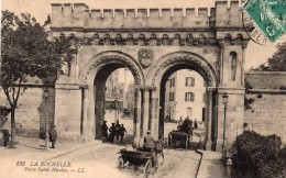CPA    -    LA ROCHELLE    -    PORTE SAINT NICOLAS - La Rochelle