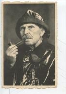 Westende : Le Pêcheur Intrépide Raconte Ses Aventures... (portrait Homme Pipe) - Visvangst