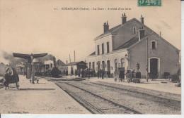 BUZANCAIS ( Indre ) - La Gare - Arrivée Du Train - Francia