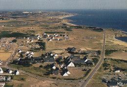 CPM GUIDEL - Le Village Vacances - A Proximité De Lorient (au Loin Le Fort Bloqué Et Les Kaolins) - Guidel