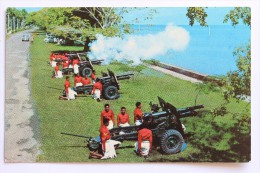 FIJI MILITARY FORCES FIRE A ROYAL SALUTE - Fiji