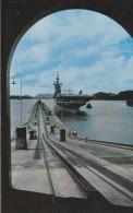 """AMERIQUE---ANTILLES--PANAMA---U.S.S. """"ANTIETAM""""entering Pedro Miguel Locks Canal Zone--voir 2 Scans - Vierges (Iles), Amér."""