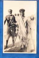 CARTE PHOTO A IDENTIFIER PERSONNAGE NOMADE ? - Postcards