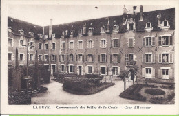 -- 86 -- LA PUYE -- COMMUNAUTE DES FILLES DE LA CROIX - COUR D'HONNEUR - Francia