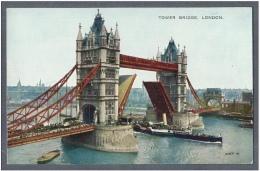 TOWER BRIDGE LONDON - Animated Boats, Bridge Open - London